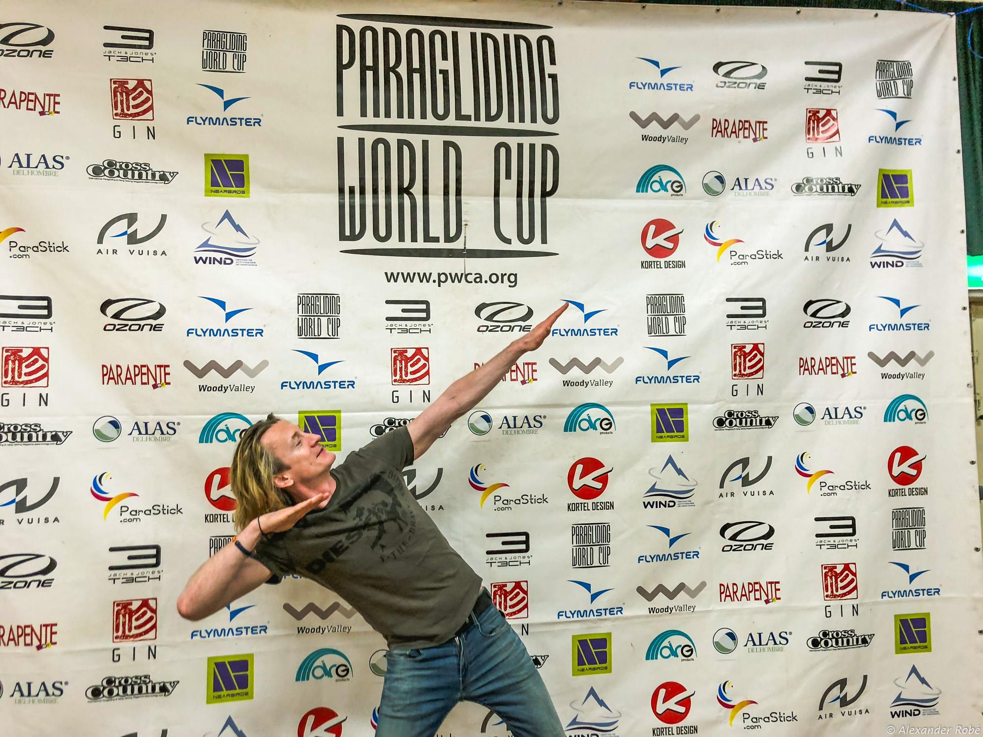 Erste Teilnahme bei einem Gleitschirm-Weltcup endete mit Platz 14 von 120!