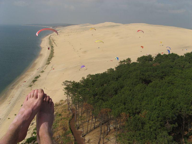 Paragleiten an der Düne von Pyla – mit nichts als Sand auf den Füßen durch die Atlantikluft